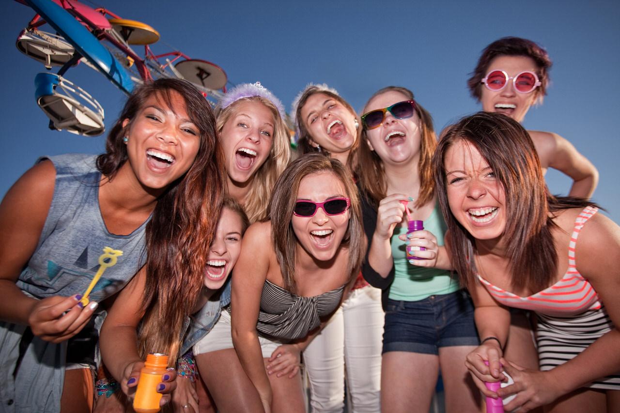 Endlich Sommer - und Party !! Foto: Creatista/Shutterstock.com
