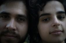 """Lautaro y Luciana: """"Somos comunicadores y locutores en proceso. Vinimos a conocer e informarnos, además de curbrirlo para Radio Orgullo""""."""