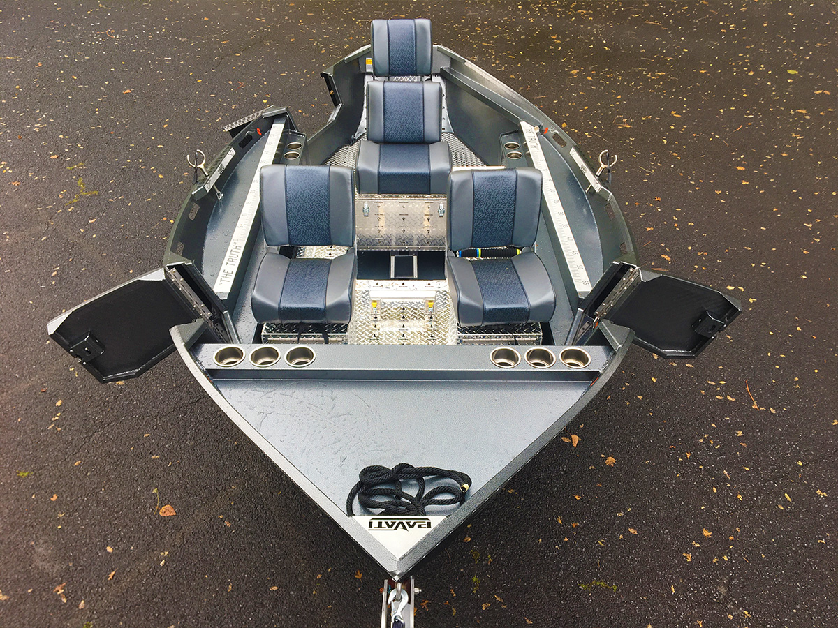Overhead Shot of a Diamond Plate 2017 Guardian by Pavati Marine