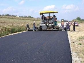 asphalt and paving companies