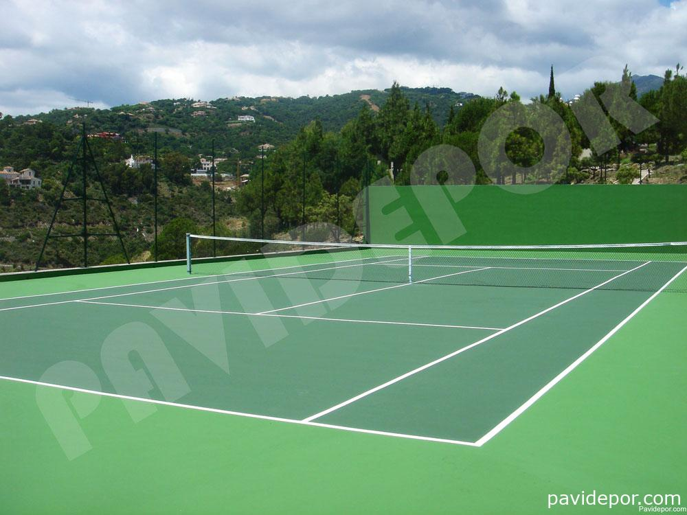Construcción de pista de tenis en Marbella, Málaga