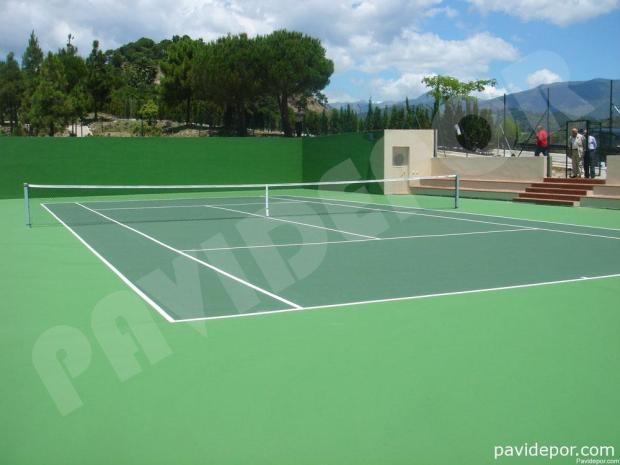 Pavimento deportivo con ocho capas de resinas para pistas de tenis sistema Cushion