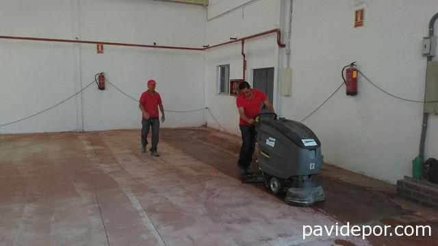 limpieza suelo nave
