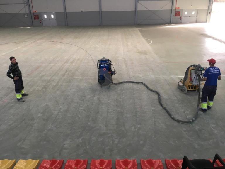 Pavimento pabellón polideportivo