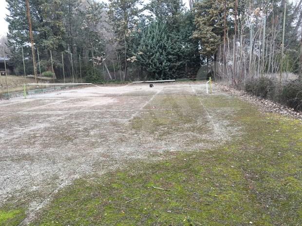 Reparacion pista de tenis antes