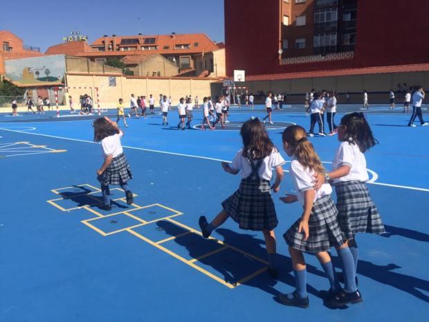 juegos infantiles para patios de colegios