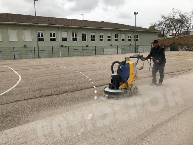 Preparación asfalto colegio