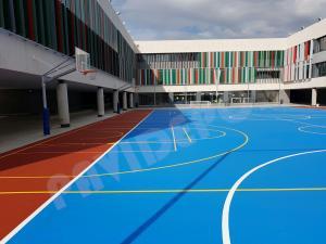 construcción pista polideportiva