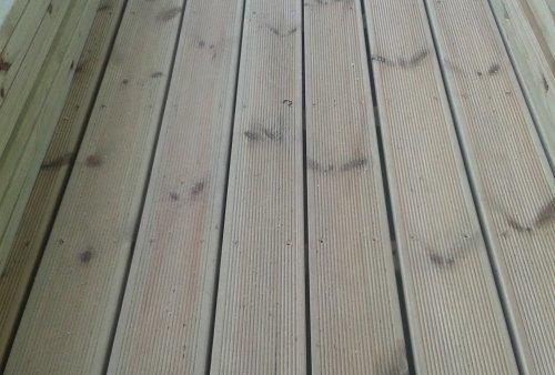 Parquet Pino doghe in legno per esterni prefinito olio