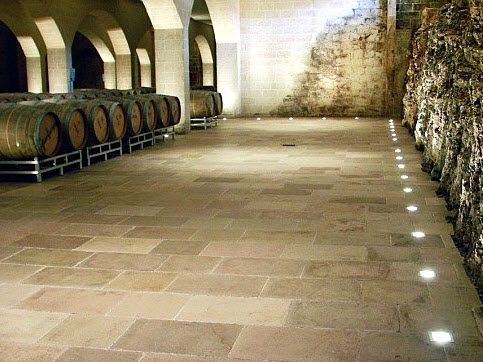 TWS  Brindisi Ostuni  Pavimenti in pietra