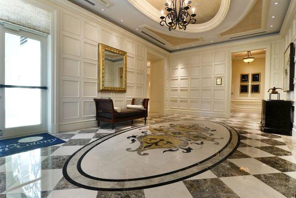 Il pavimento in marmo come scelta di eleganza