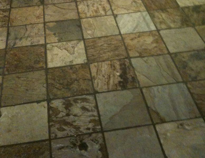 Tipi e costi dei pavimenti in pietra granito porfido