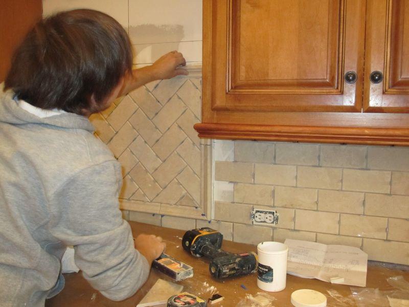 Le piastrelle per la cucina quali sono le tipologie e gli stili pi impiegati