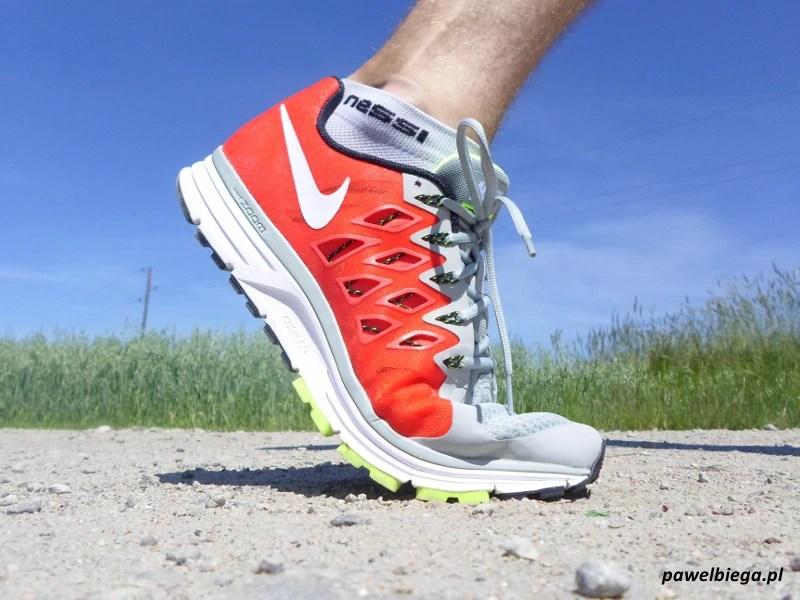 Nike Vomero 9 - odbicie