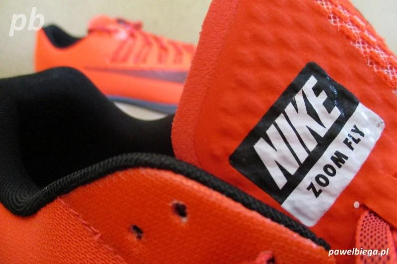 Nike Zoom Fly - język