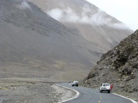 Przez góry (w Tybecie) Tsetang - jezioro Yamdrok - Gyantse 30