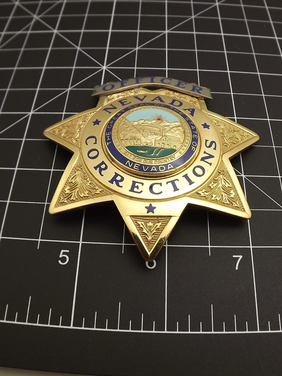 Full-size Nevada corrections officer law enforcement badge looks to be an almost new shape BLACKINTON 4