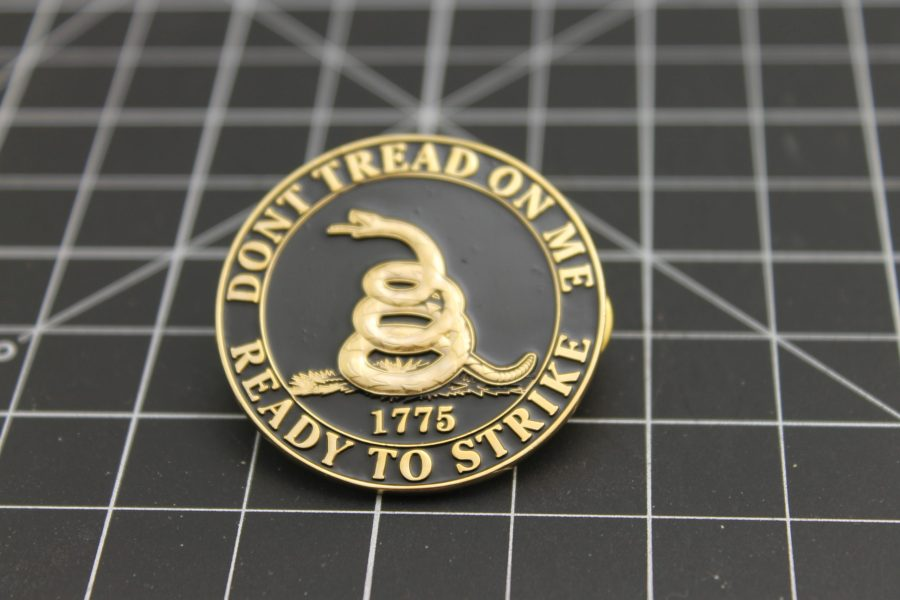 """DON'T TREAD ON ME"" READY TO STRIKE 1775 1.5"" BRAND NEW Lapel Pin Large-Size Enameled Guaranteed for Life 2"