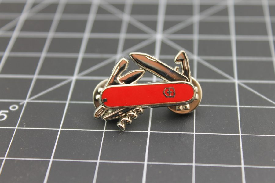 SWISS ARMY KNIFE LAPEL / HAT PIN BRAND NEW ENAMELED 2