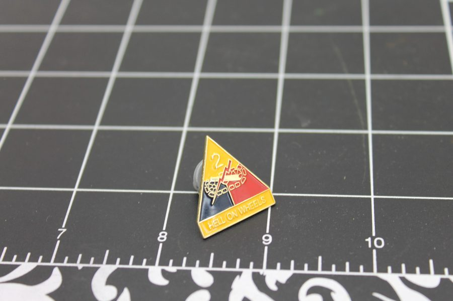 """BRAND NEW Lapel Pin United States Army 002ND Army Division Hell On Wheels 1"""" SECOND ARMY DIVISION-HELL ON WHEELS 2"""