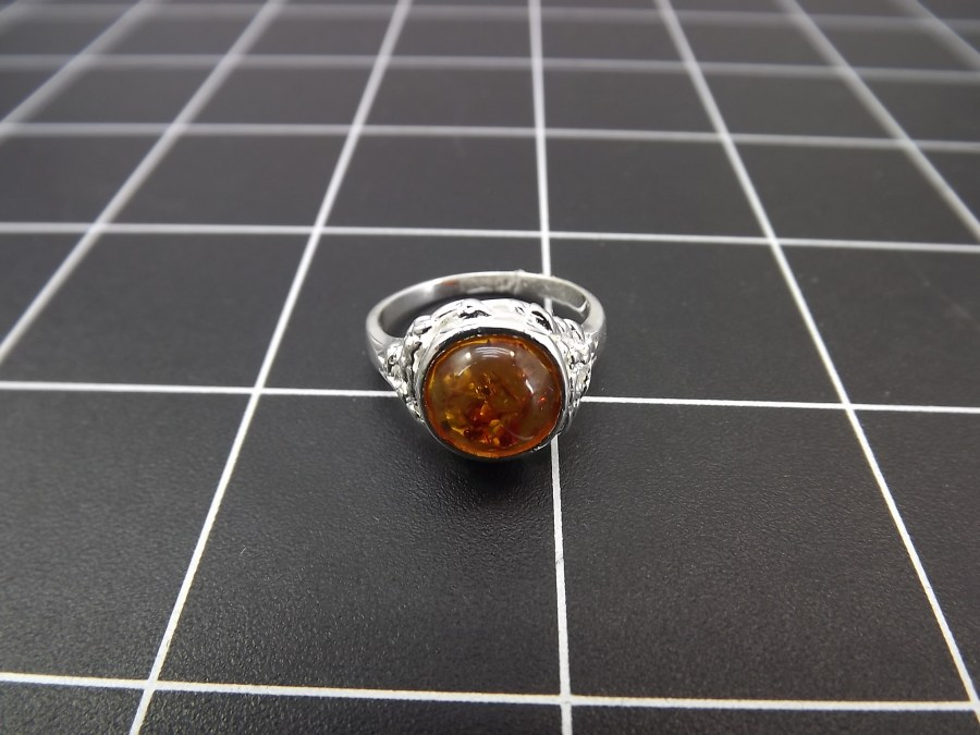 NEW STERLING SILVER 925 AMBER DOME RING 4.0 GRAMS SIZE 8 1
