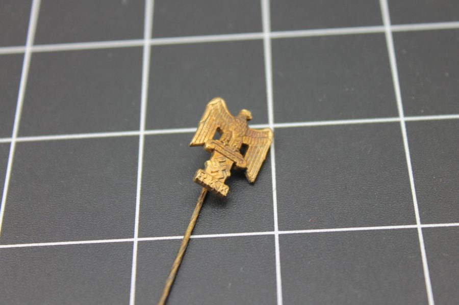 ANTIQUE WWII GOLD TONE NAZI EAGLE RKK INSIGNIA STICK PIN 1