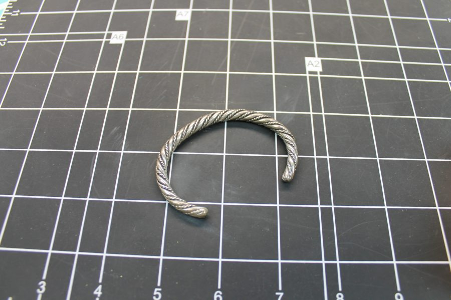 VINTAGE SILVER TONE TWISTED ROPE STYLE CUFF BANGLE BRACELET 2