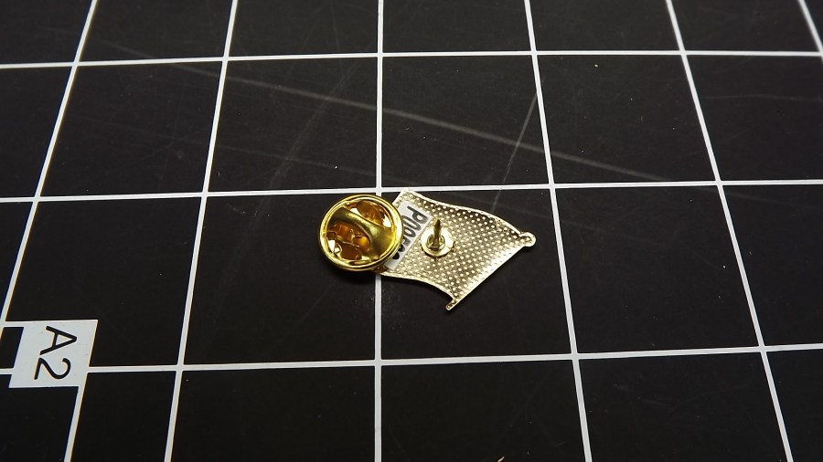 BRAND NEW GOLD TONE CONFEDERATE FLAG ENAMEL LAPEL PIN 2