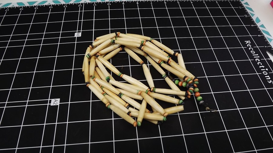 ANTIQUE VINTAGE IVORY MULTI STRAND BEADED STYLE NECKLACE 1