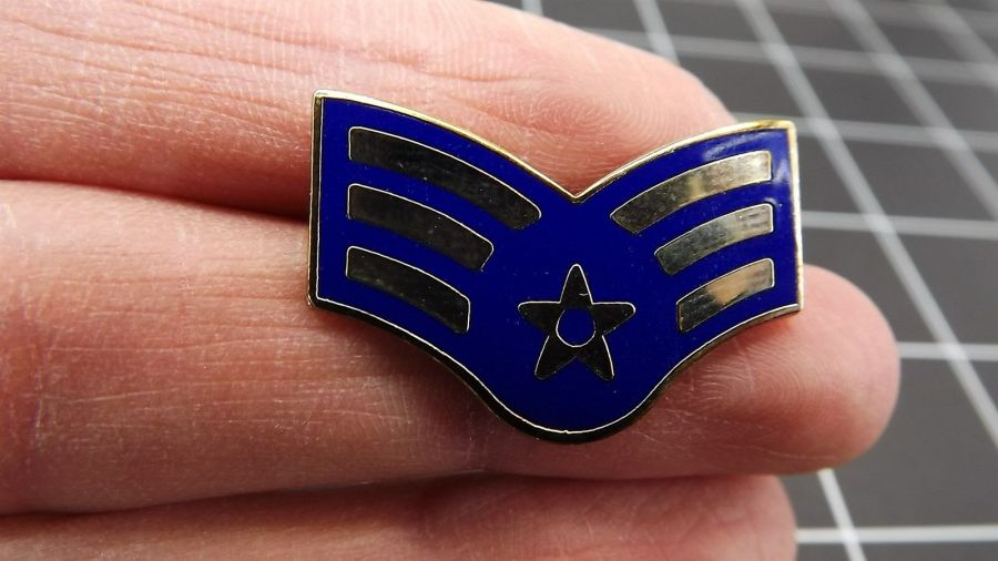 "BRAND NEW Lapel Pin United States Air Force E4 Airman SR Blue Enamel 1"" 1"