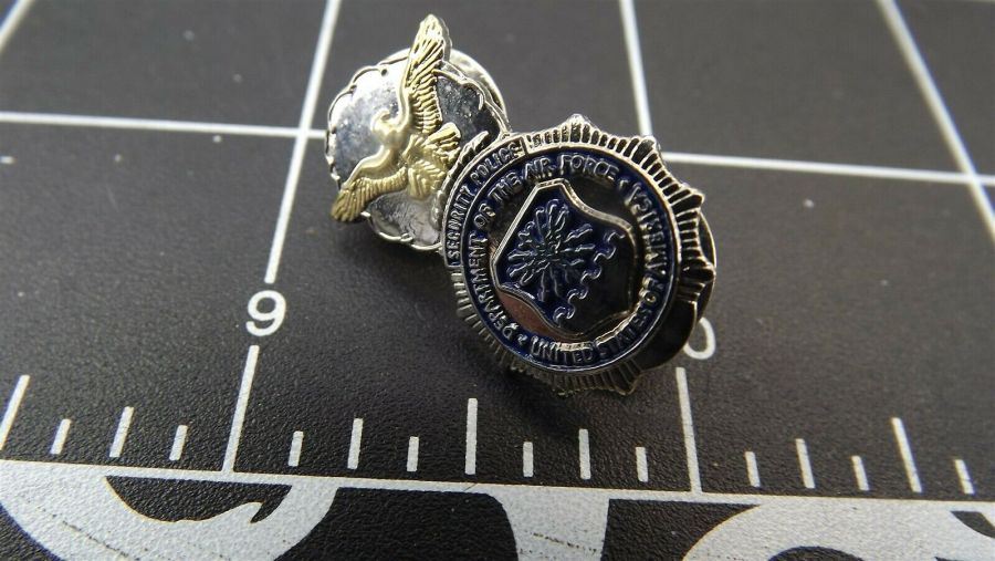 BRAND NEW Lapel Pin U.S. AIR FORCE MILITARY SECURITY POLICE BADGE ENAMELED T/T 4