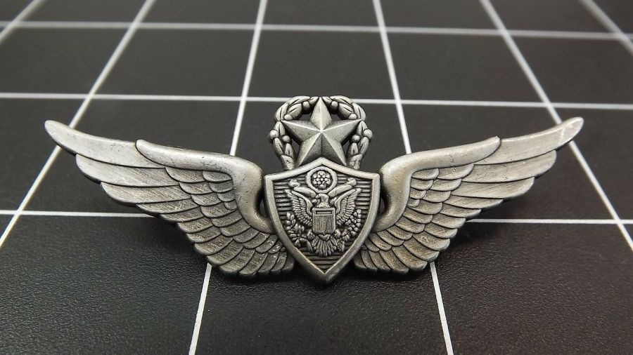 "BRAND NEW Lapel Pin ""Wing Army Aircrew Master"" ENAMELED LIFETIME GUARANTEE 1"