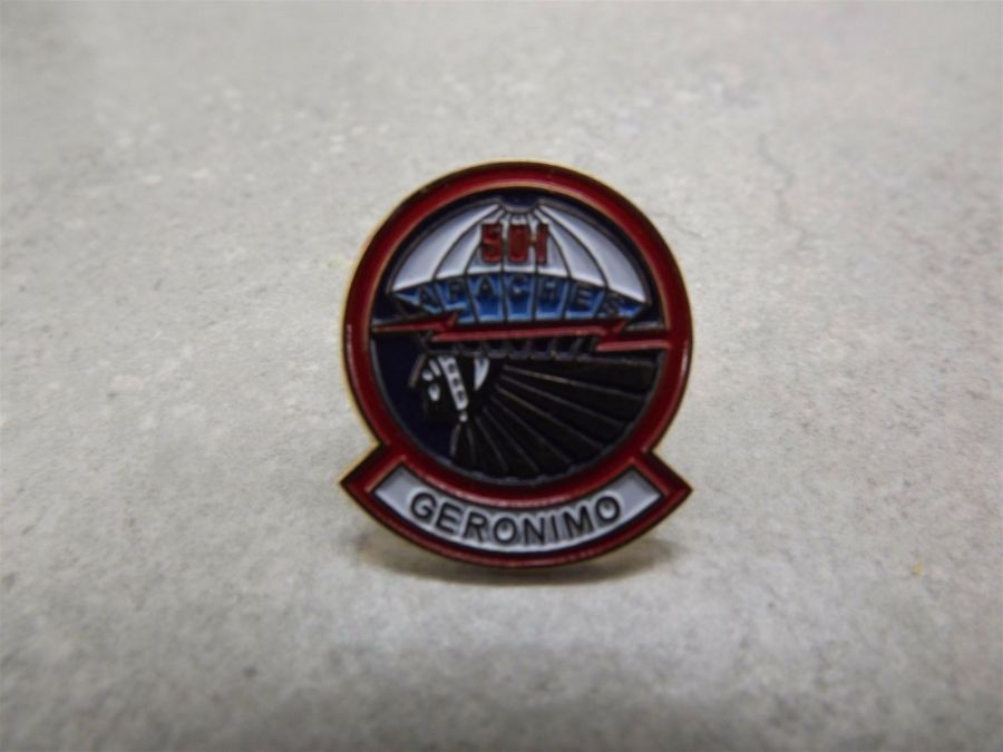 US Army 501st Airborne Geronimo Pin / Lapel Hat Pin  Brand New 1