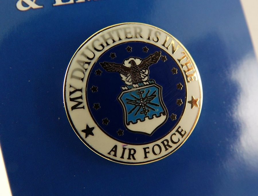 """BRAND NEW Lapel Pin MY DAUGHTER IS IN THE AIR FORCE Blue & White Enamel 15/16"""" 1"""