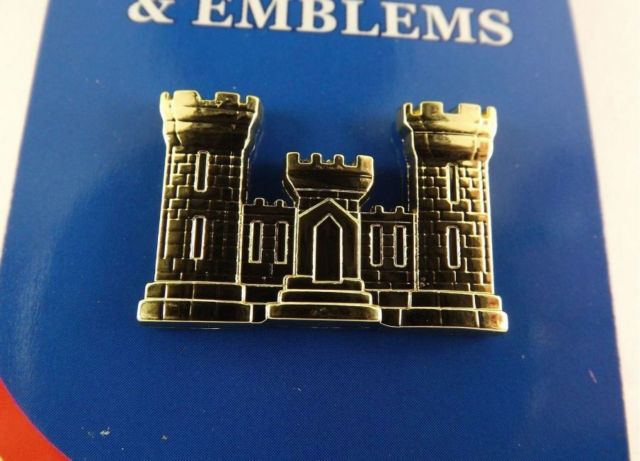 """BRAND NEW Lapel Pin U.S. ARMY ENGINEER Gold Tone Castle 1 1/8"""" 1"""