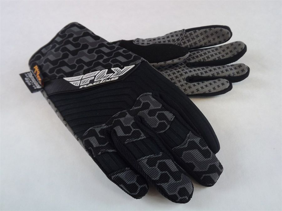 New FLY SWITCH SNOW GLOVE BLACK/GRAY BMX SNOWMOBILE THINSULATE Size 6 (Youth Lar 1