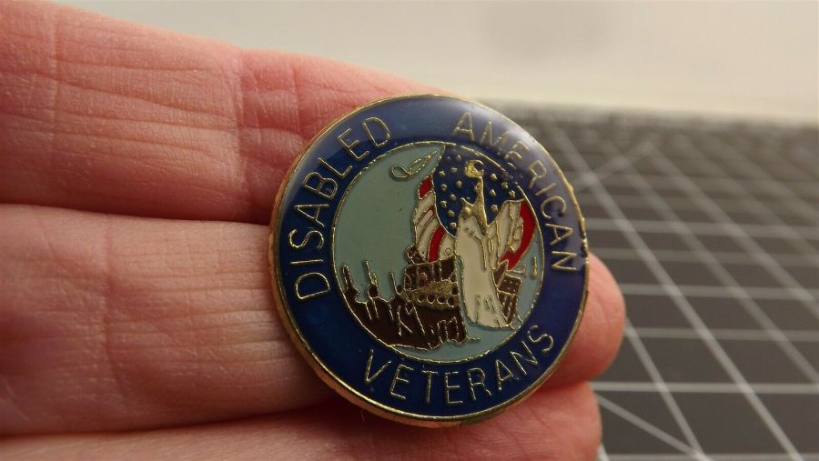 "BRAND NEW Lapel Pin ""DAV"" Disabled American Veterans Enamel 1"" 1"