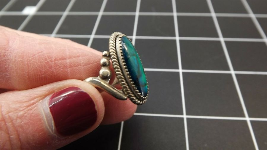 DEAD PAWN Vintage DYED BLUE MOTHER-OF-PEARL Ring 3.4 Grams Size 7-1/2 3