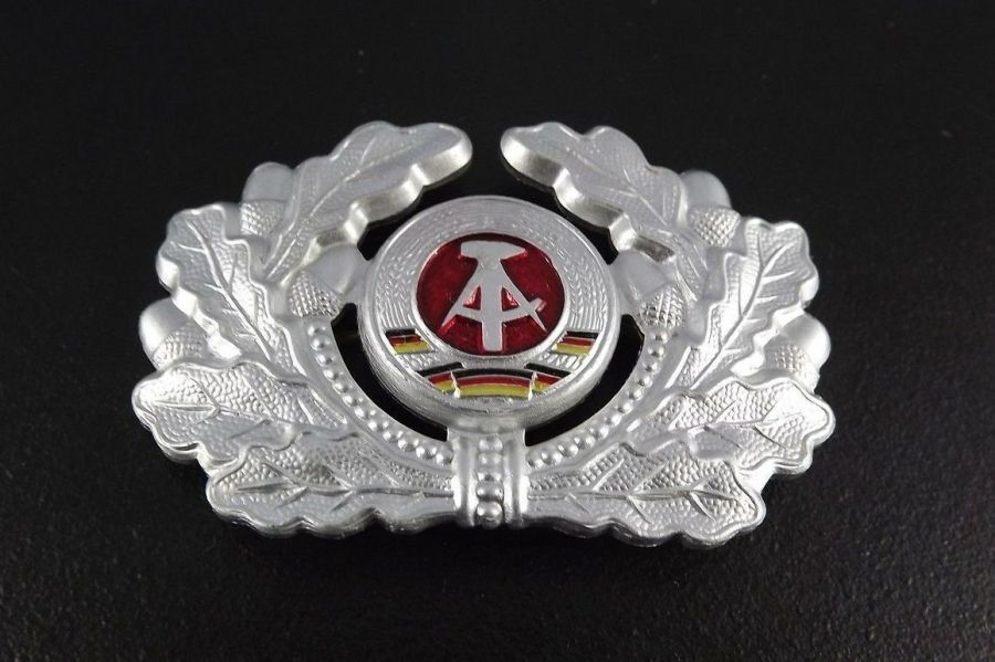 EAST GERMANY army military hat beret badge SURPLUS NEW CONDITION 1