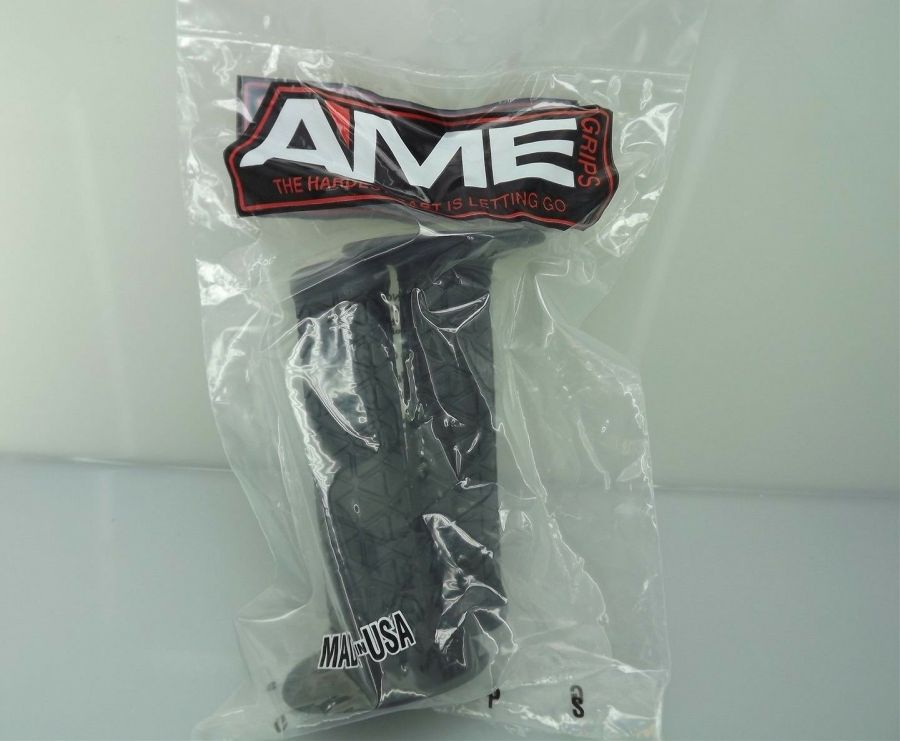 New AME Bicycle BMX TRI Grips Old School BMX Made In The USA  BLACK 4