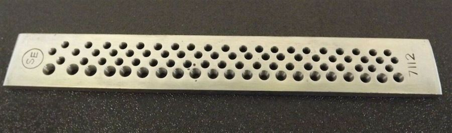 New Jewelers Tool 82 Round Hole Steel Draw Plate Goldsmith Silversmith 1