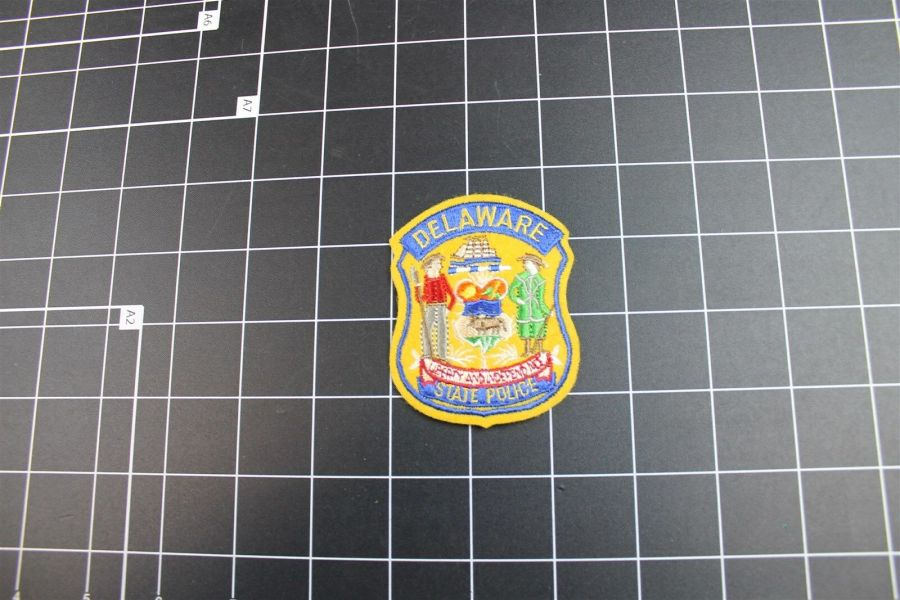 """""""DELAWARE"""" STATE POLICE PATCH BRAND NEW 3"""