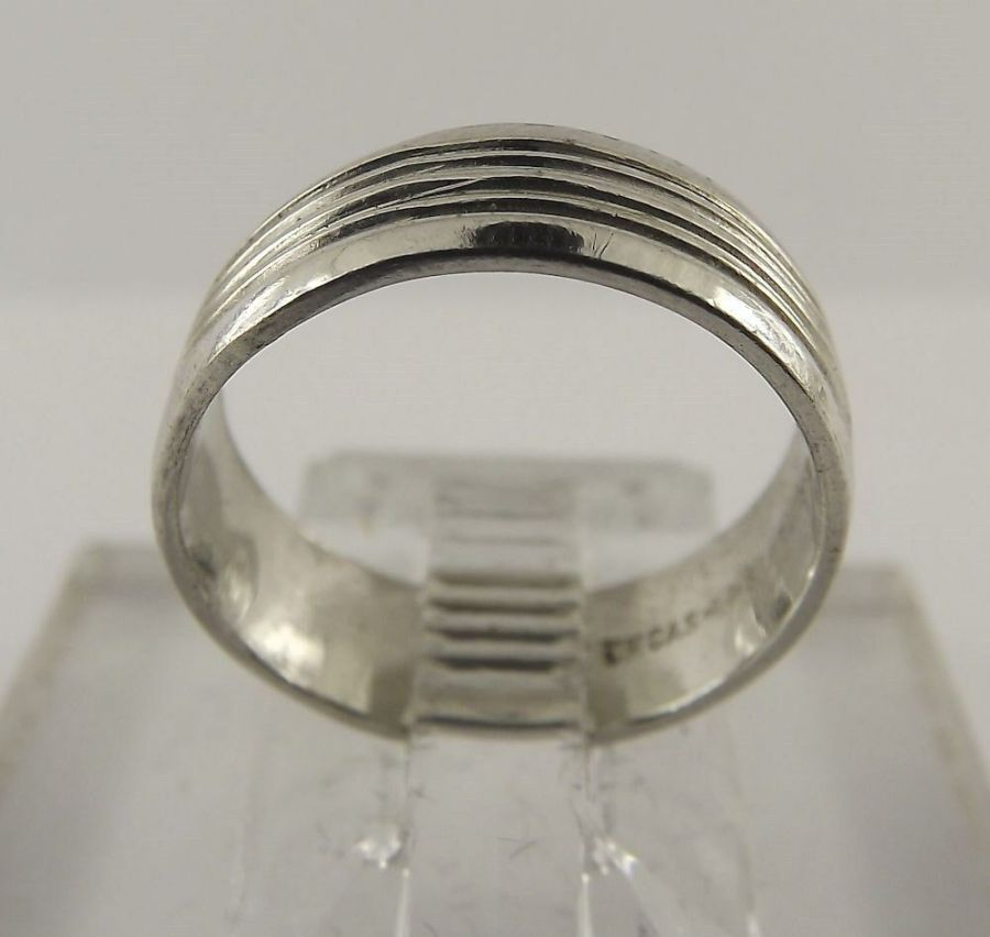 Sterling Silver Unique Style Lined Grooved Wedding Band 1