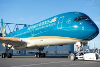 https://www.theedgemarkets.com/article/vietnam-airlines-reopen-some-international-routes-midjuly