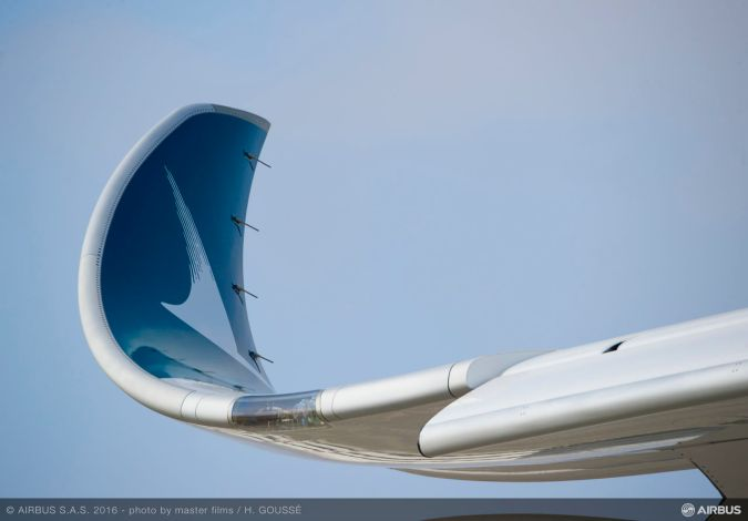 Cathay_Pacific_details_wingtipA350-900_2