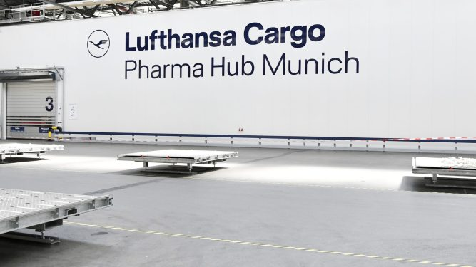 Lufthansa Cargo opens pharma hubs in Munich and Chicago