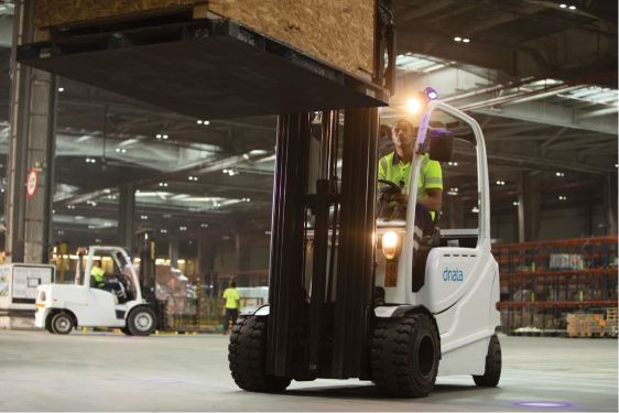 dnata launches platform to speed up air freight handling in Dubai