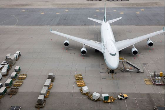Cathay takes record loss despite positive cargo revenue