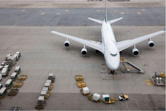 Cathay takes record loss despite positive cargo revenue