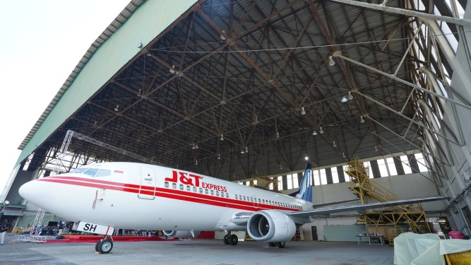 J&T Express ventures into air cargo with first preighter